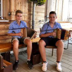 Sponsoren-Apèro mit Schwyzer-Örgeli Duo Kilian & Luca